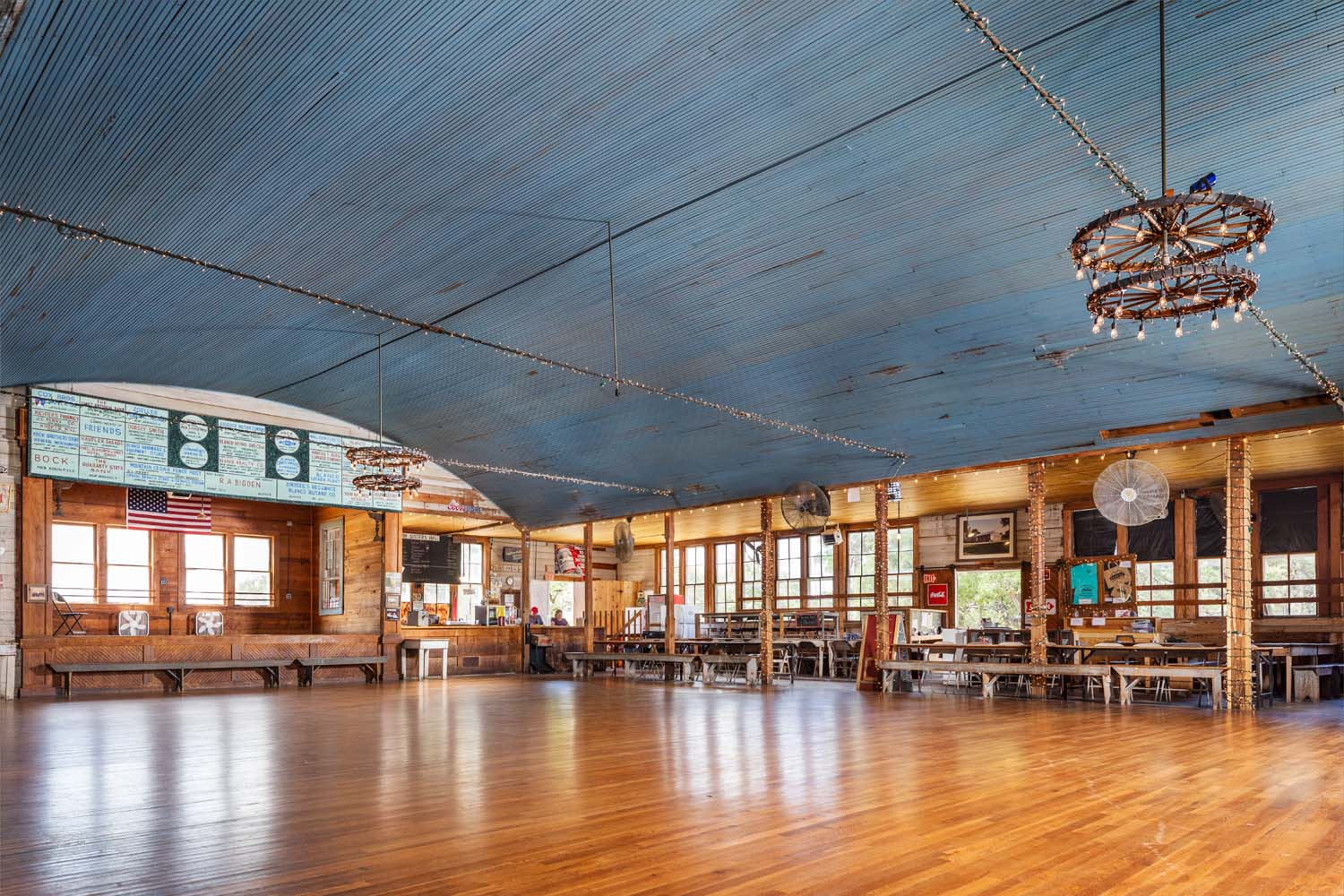 TEXAS DANCEHALLS, TWIN SISTERS